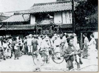 昭和初年の伊文神社神輿