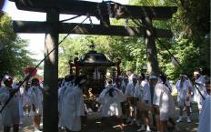 神輿の渡御