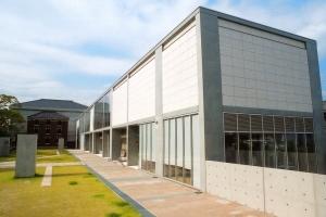 西尾市岩瀨文庫